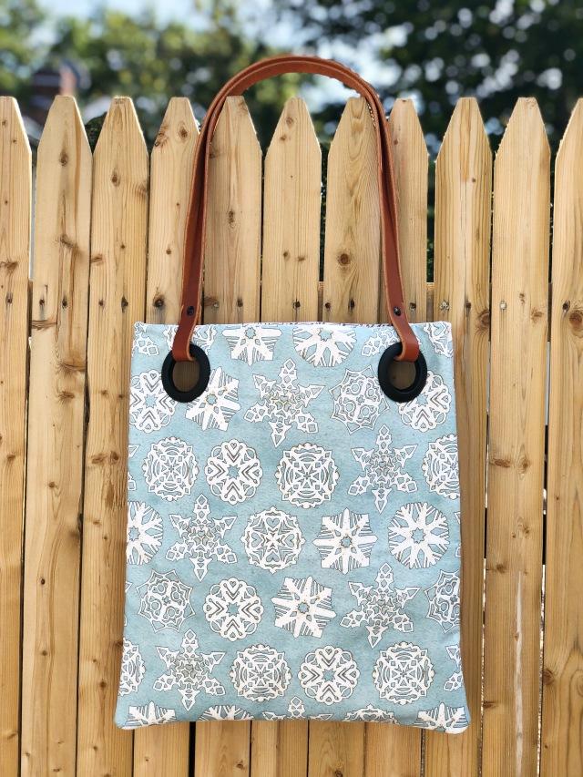 Snow Sweet tote