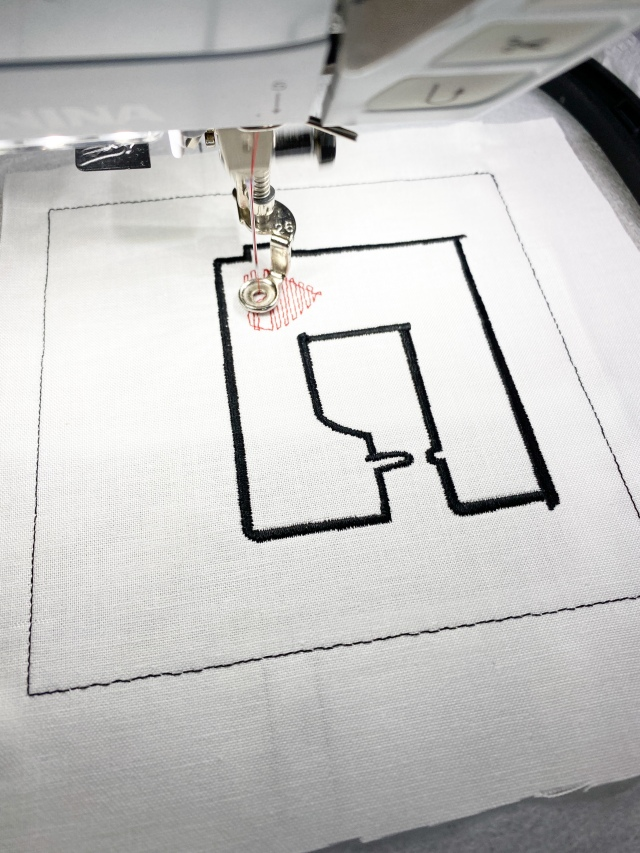 In the Hoop BERNINA Pincushion: Stitching out the design