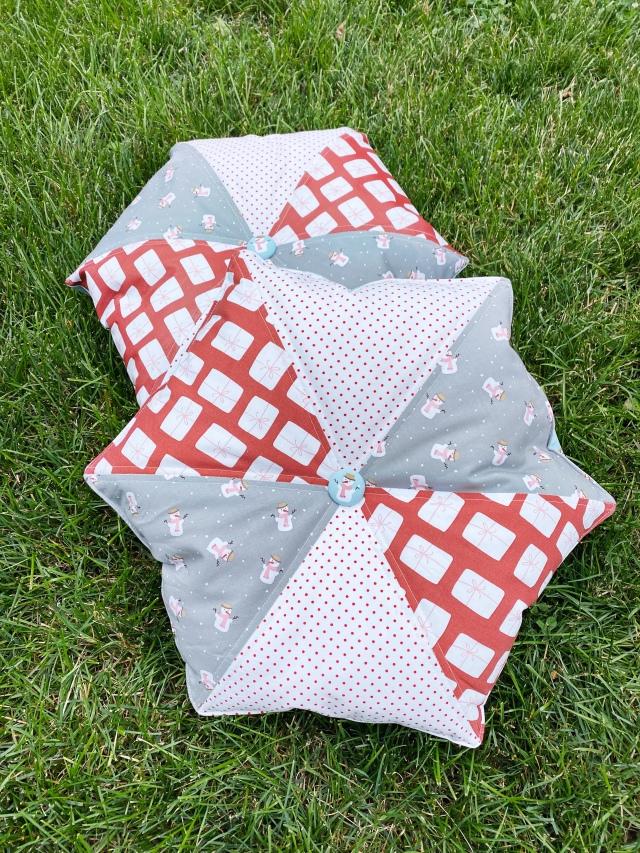Hexi Pillow Cushion: Finish product
